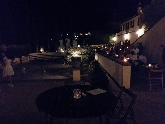 Solomeo, Italien: 20170729_220336_LLS_large.jpg