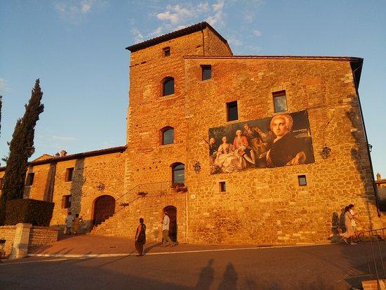 Solomeo, Italien: 20170729_201639_large.jpg