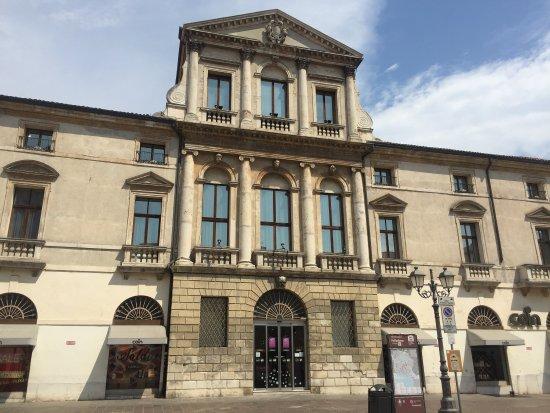 Palazzo Piovini