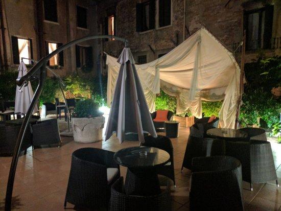 Hotel Le Isole: IMG_20170804_230604_large.jpg