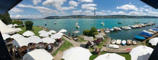 Fischer's Fritz: vista dalla terrazza sul lago di Zurigo
