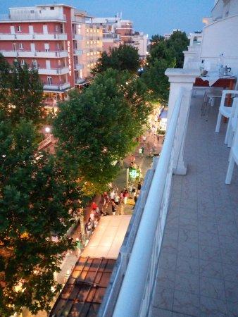 Residence Auriga: Balcone camera 406
