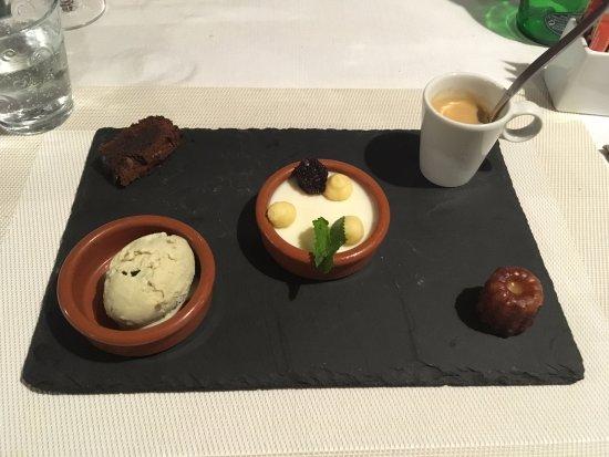Servoz, France: dessert : Café gourmand