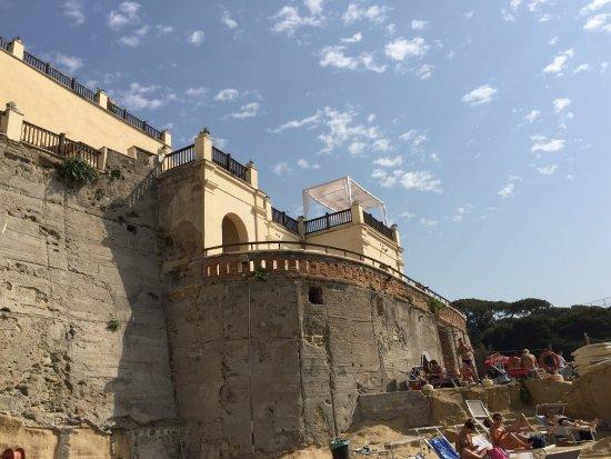 Bagni Rocce Verdi Napoli : Photo4.jpg foto di baia delle rocce verdi villa fattorusso napoli