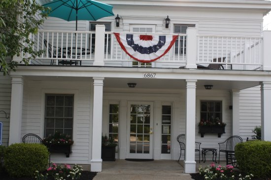 The Hiram Inn Bild