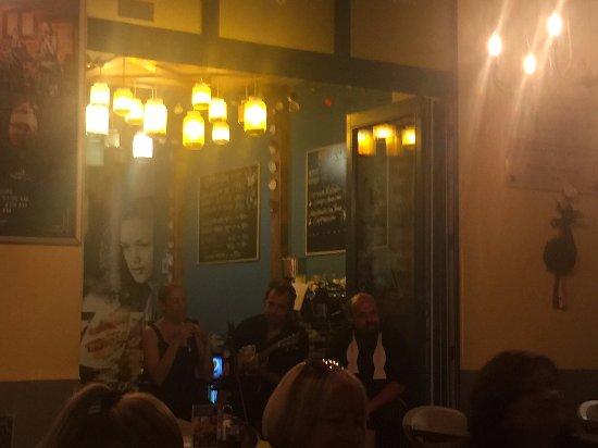 Fat Mo's Restaurant & Music Pub: Soirée mucicale