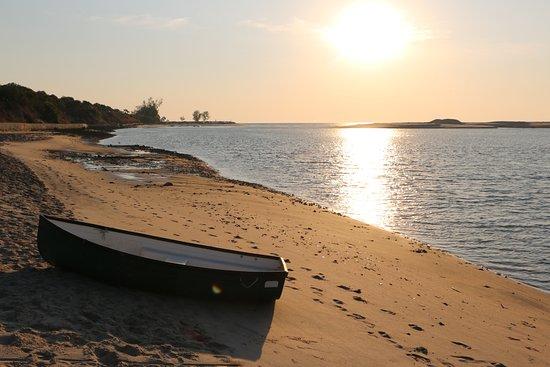 Mahajanga, Madagascar: PLAGE D'ANTSINITIA