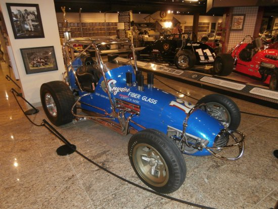Museum of American Speed : typical exhibit