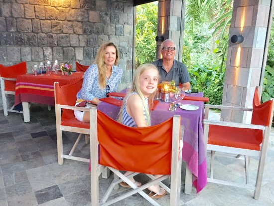 Nevis: The beautiful setting to our beautiful meal
