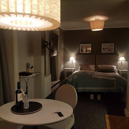 Reykjavik Residence Suites: IMG_20170405_230810_993_large.jpg