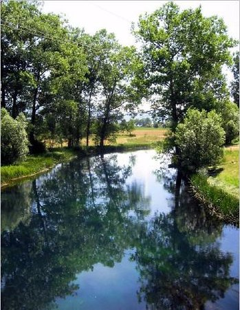Lika-Senj County, Croatia: Gacka im Sommer