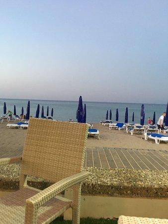 Vrissaki Beach Hotel Photo