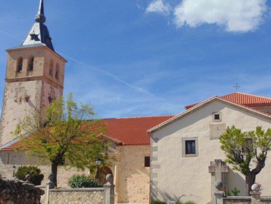 Iglesia de San Andres Apostol