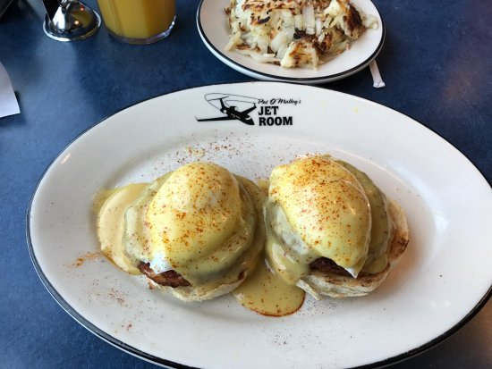 Pat O'Malley's Jet Room Restaurant: photo0.jpg