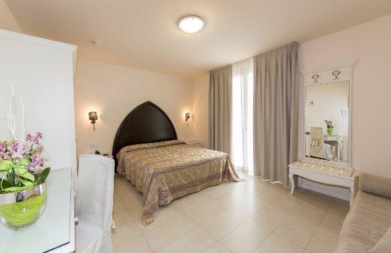 Baia del mar beach boutique hotel jesolo italia prezzi for Boutique hotel jesolo