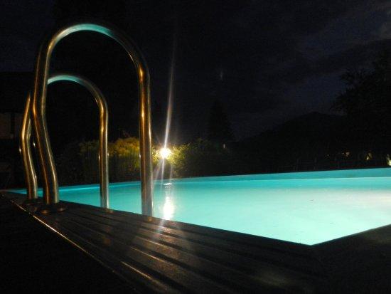 Hotel Kürschner: Nocne kupanie