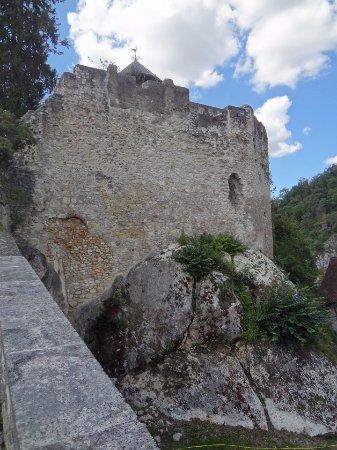 Arlesheim, Suiza: Schloss Birseck - extérieur (vue est)