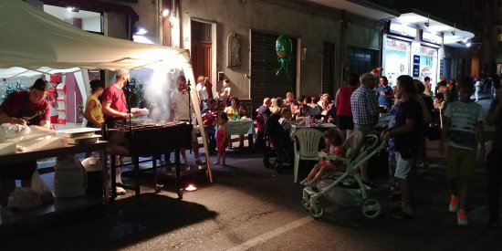 Fiumefreddo di Sicilia, อิตาลี: Festa del paese (notti in blu)