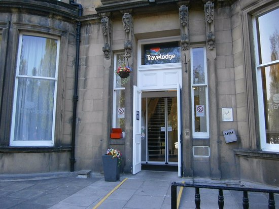 Travelodge edinburgh learmonth updated 2018 hotel reviews for 55 buckstone terrace edinburgh