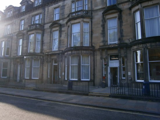 Travelodge edinburgh learmonth 57 1 1 5 updated for 55 buckstone terrace edinburgh