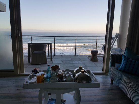 Views Boutique Hotel & Spa: 20170806_075929_large.jpg