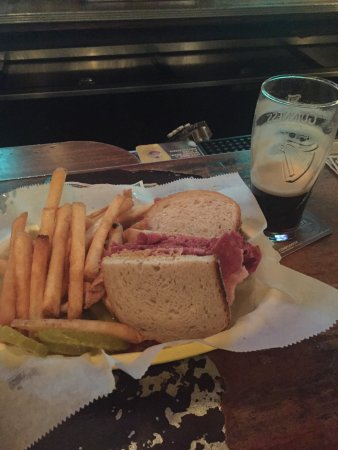 Park Tavern: Corned Beef sandwich with mustard and Guinness