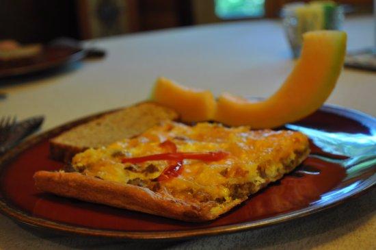 Tiffany's Bed & Breakfast: Breakfast