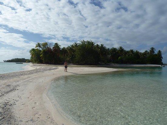 Le Sauvage Private Island Picture