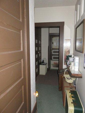 Lexington, MO: Interior