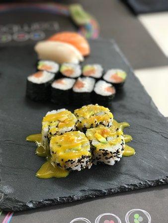 Bamboo Sushi Bar: Todo delicioso como siempre... un gusto comer aquí. También muy importante; personal amable y so