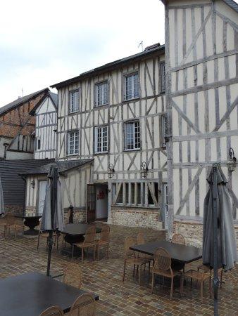 Lyons-la-Foret照片