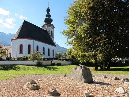 Grossgmain, النمسا: Vista da Marienwallfahrtskirche
