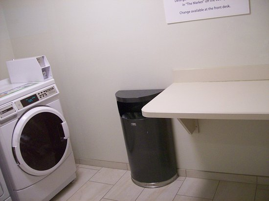 Holiday Inn Express U0026 Suites Lancaster East   Strasburg: Guest Laundry Room,  And The
