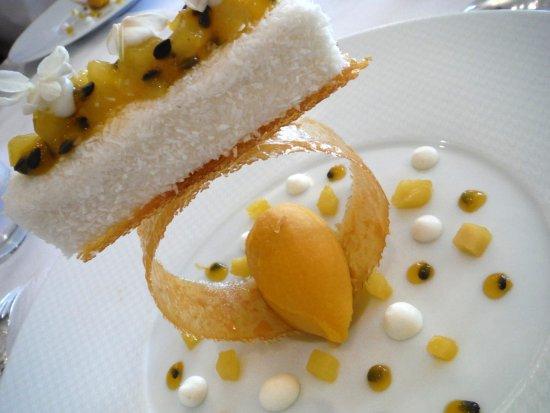 Joigny, Γαλλία: Dessert