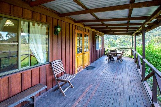 Wyberba, Australia: Lavender Cottage Veranda