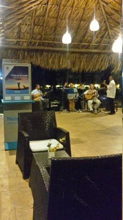 Hesperia Playa El Agua: 20170805_210723_large.jpg
