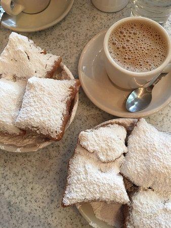 Cafe Du Monde Mandeville La