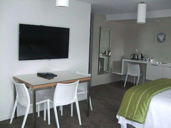 Apollo Lodge Motel : New Deluxe One Bedroom