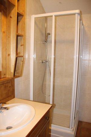 La Rosiere, Frankrig: 1 salle d'eau avec toilette et douche en plus.