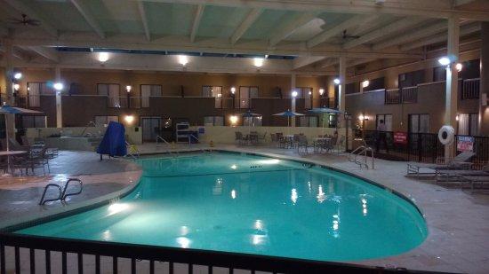 Holiday Inn Mansfield-Foxboro Area Photo