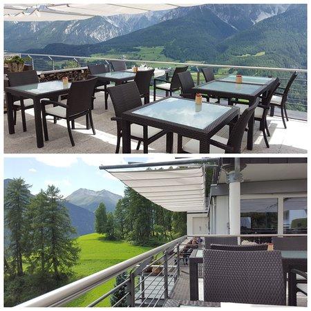Ftan, Ελβετία: Schöne Terrasse_large.jpg