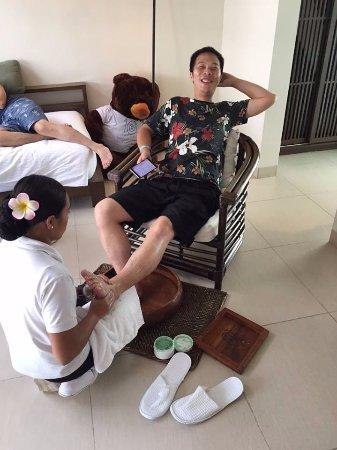 Discovery Shores Boracay : 免費的洗腳服務