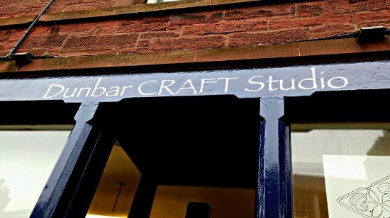 Dunbar, UK: Sign is up !