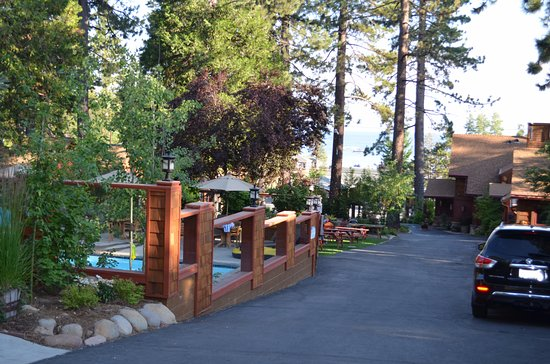 Cedar Glen Lodge ภาพถ่าย