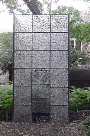 Maison d'Erasme: création réalisée à l'aide de 11.500 lentilles de verre