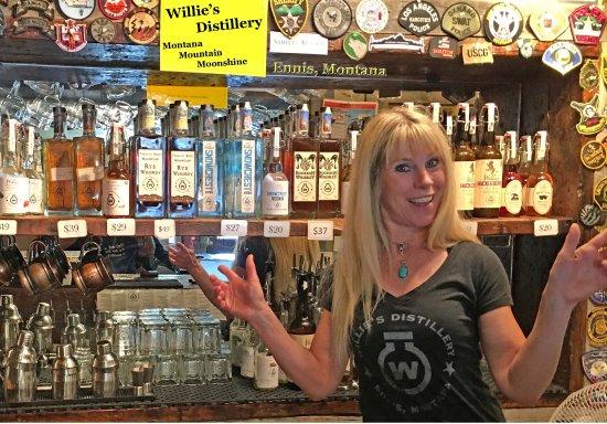 Ennis, Montana: Good Booze wqe bought the Honey Moonshine and the Snowcrest Vodka