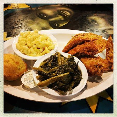 Miss Polly S Soul Food Cafe Memphis Tn