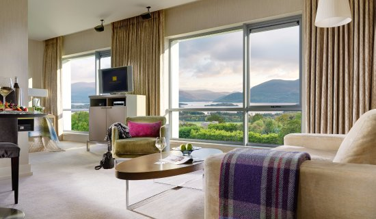 Aghadoe, Ierland: Deluxe Lake View Room with Panoramic Windows