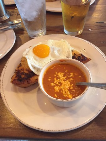 Feed Company Eatery & Bourbon Lounge: Cheese sandwich with poblano & tomato soup