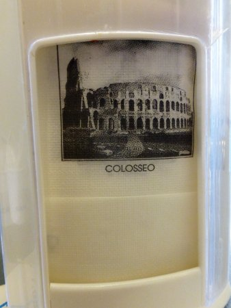 L'Orso Bianco: Napkins with famous sites of Rome